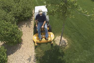 Lawn Mowers Wichita KS - Mowing Services